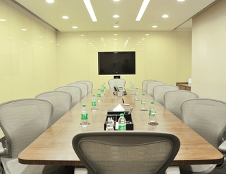 Business center, Mumbai Central, Maker Maxity, Level