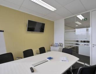 Business center, Waterloo, Dreve Richelle