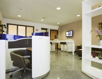 Business center, Milan, Via Monte di Pieta