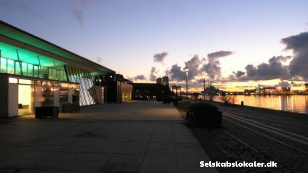 Islands Brygge 18, 2300 København S