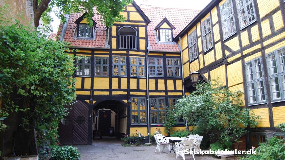 Store Kannikestræde 10, 1169 København K