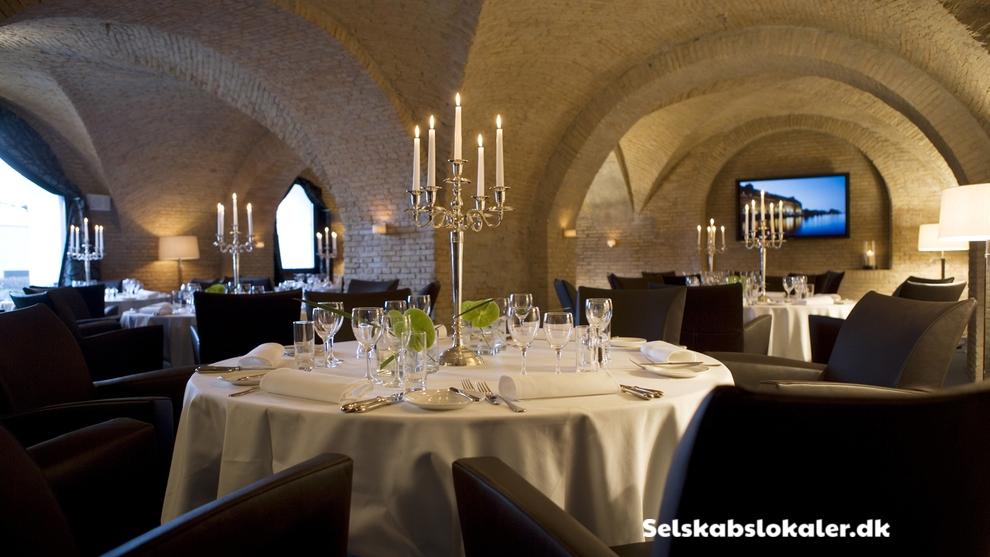 Toldbodgade 24 – 28, 1253 København K